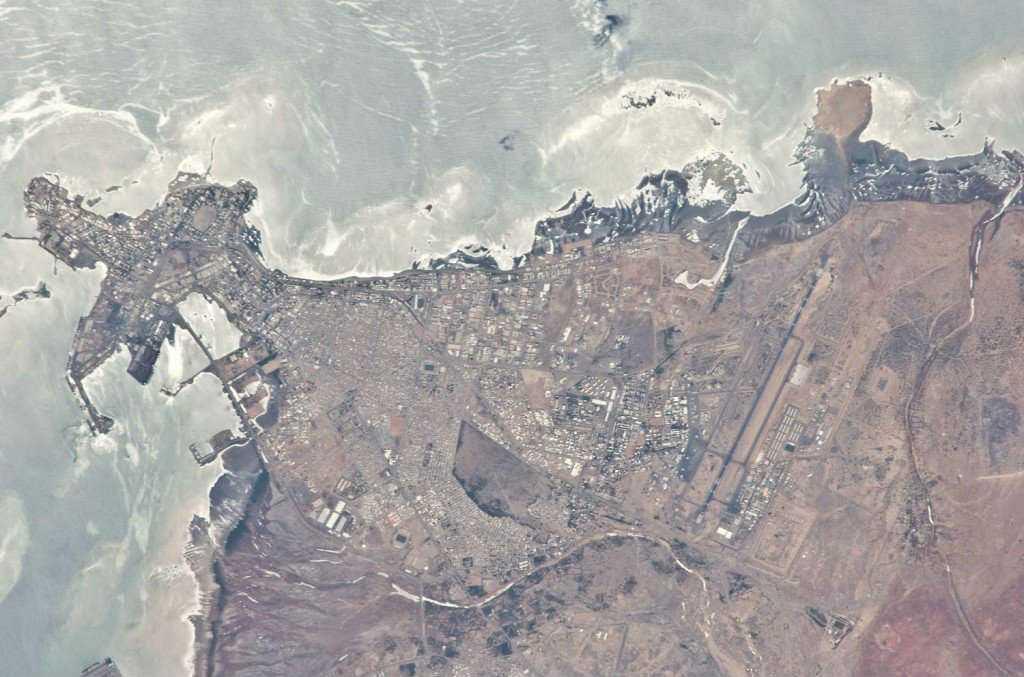 Israelis to US: Take On China Around Djibouti